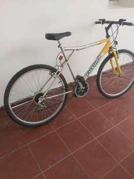 Vendo bicicleta rod 26 como nueva