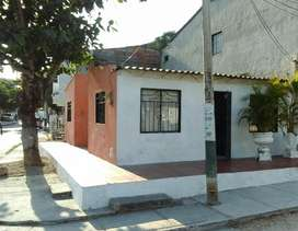 Casa en cartagena 2 cuadras de la av. pedro de heredia