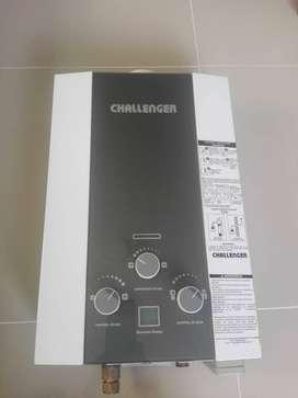 CALENTADOR CHALLENGER DE PASO A GAS TIRO NATURAL DE 6 LITROS