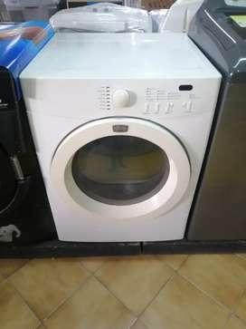 Secadora frigidaire usada 38 libras