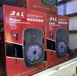 parlante B&L 3000W  incluye el soporte DOMICILIO GRATIS EN BARRANQUILLA Y SOLEDAD