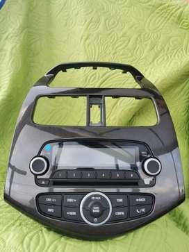 Radio original spark GT   con consola original