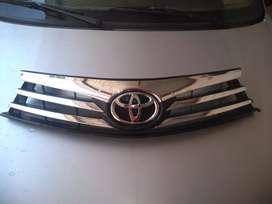 Vendo parrilla de Toyota Corolla