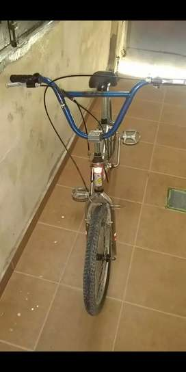 Vendo Bicicleta rodado 20 cromada marca Andes