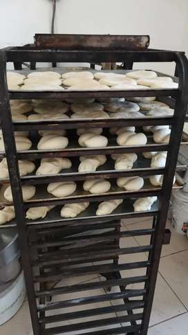 Nesecito panadero