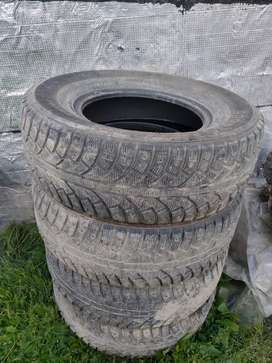 Neumáticos de invierno R16 265/70