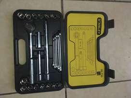 Maleta de herramientas 25 piezas Stanley