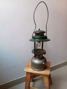 Antigua lampara coleman