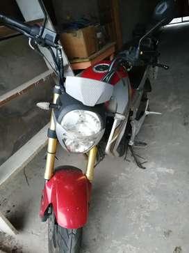 Moto Ranger motor 150cc color rojo