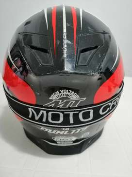 Casco Moto Mt en Buen Estado