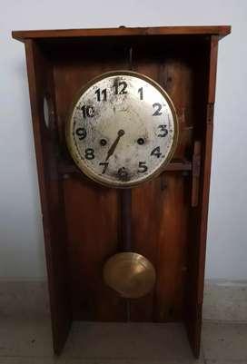 Antiguo Reloj Junghans funcionando