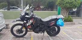Moto Kawasaki KLR 650 año 2013