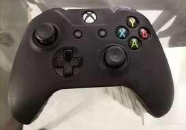 Vendo control original de segunda generación de Xbox one $ 150000