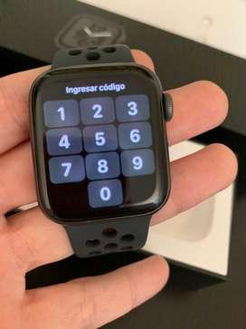 Apple Watch Series 4 40MM Nike Sport