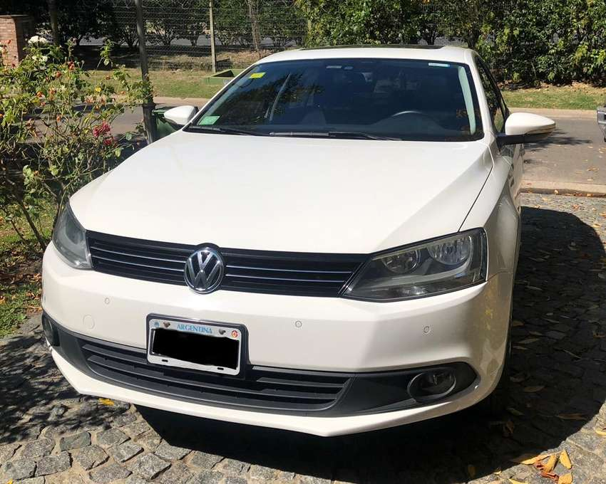 Volkswagen Vento 2.5 170hp Luxury