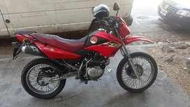 Moto xr 125 bien cuidada en venta