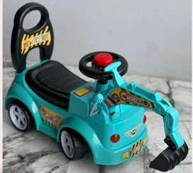 Correpasillo musical para niños tipo tractor con brazo  de agarre.