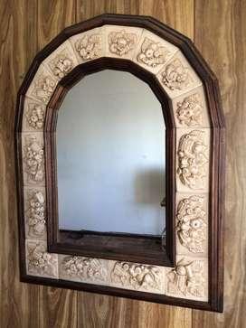 Espejo Antiguo de Ceramica
