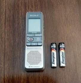 GRABADORA DIGITAL SONY  ICD-B600, EXCELENTE ESTADO, MUY POCO USO.