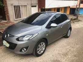 Hermoso Mazda 2
