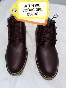 Zapatos en cuero de excelente calidad