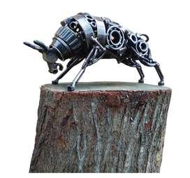 Toro escultura
