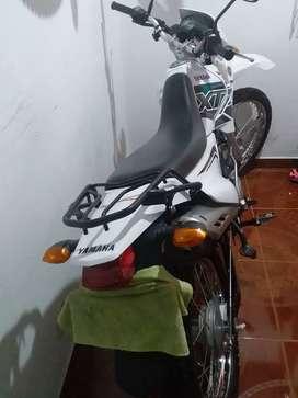 Vendo moto yamaha modelo 2020