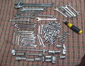 Juego de Herramientas Varias (llaves, tubos, alargues, adaptadores)