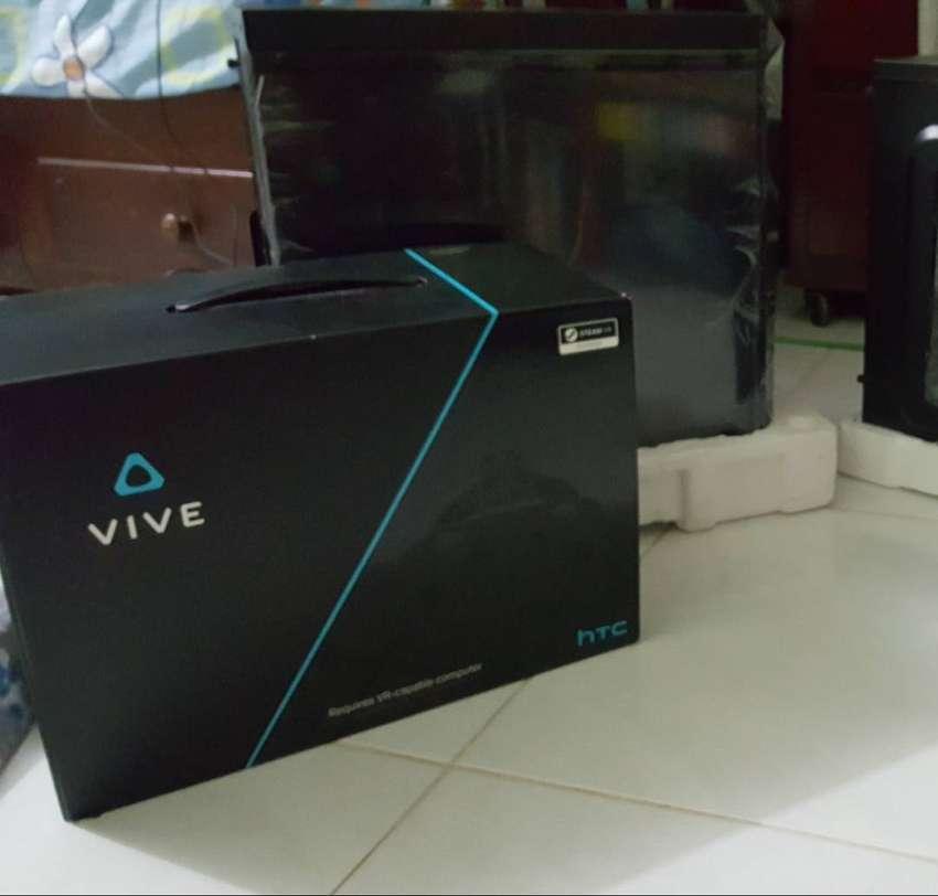 Htc Vive + Audio Deluxe Strap + Tripodes para sensores de regalo