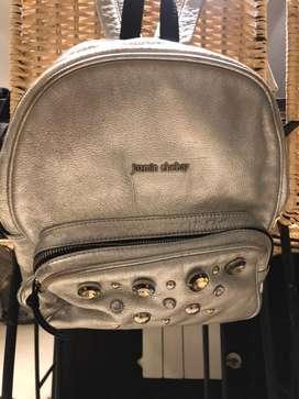 Vendo mochila de jazmin chebar