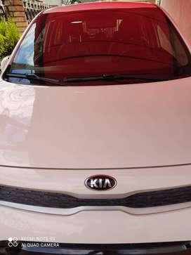 Se vende Kia Picanto Zenith modelo 2018 full equipo color blanco excelente estado, cojinería original