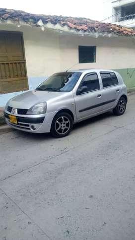 Renault clio exelente estado