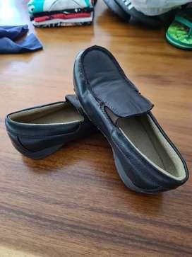 Zapatos cafe mocasines