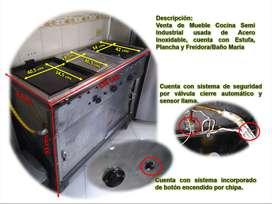 Venta de Cocina tipo Semi industrial Acero Inox. Usada