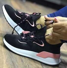 Zapatos adiddas de mujer talla 36 al 39 Pídelos