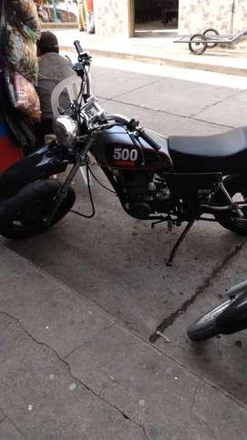 Venta de moto yamaha XT500