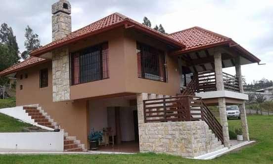VENDO PROPIEDAD AZOGUES  Bonita propiedad ubicada a 10 minutos de Azogues y 25 minutos de la ciudad Cuenca cerca Autopis 0