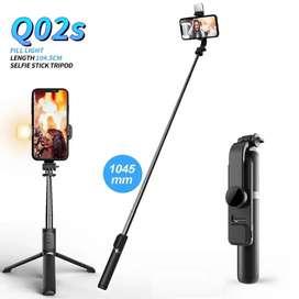 Monopod expandible 104 cm con luz, obturador de bluetooth, Palo de selfie Q02S