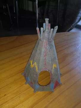 Antigua carpa de indios . De plástico duro . Años 1980s soldaditos