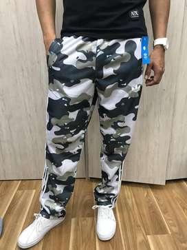 Pantalón Sudadera adidas Camuflada Desert Bota ancha
