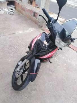 Moto unik auteco 2015 solo propiedad