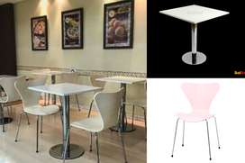 Mesa y silla para confiteria