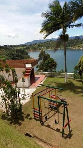 FINCA DE RECREO EN GUATAPE