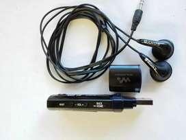 Mp3 sony de 4gb con audífonos originales