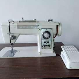 Maquina de coser brother deluxe