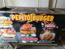 Se vende carreta de comida rápida con todos sus accesorios