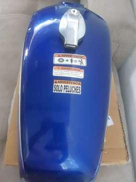 Tanque de moto Rx100 en buen estado azul