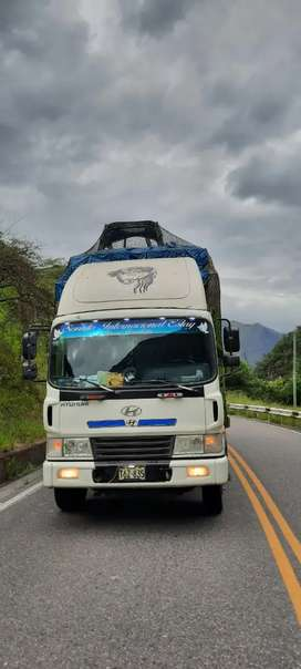 Camion doble eje