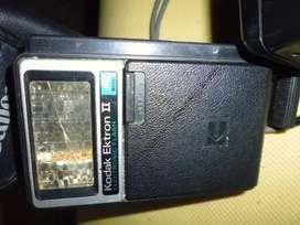 cámaras y flash antiguas coleccionables