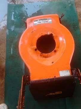 Carcasa para cortadora de césped naftera